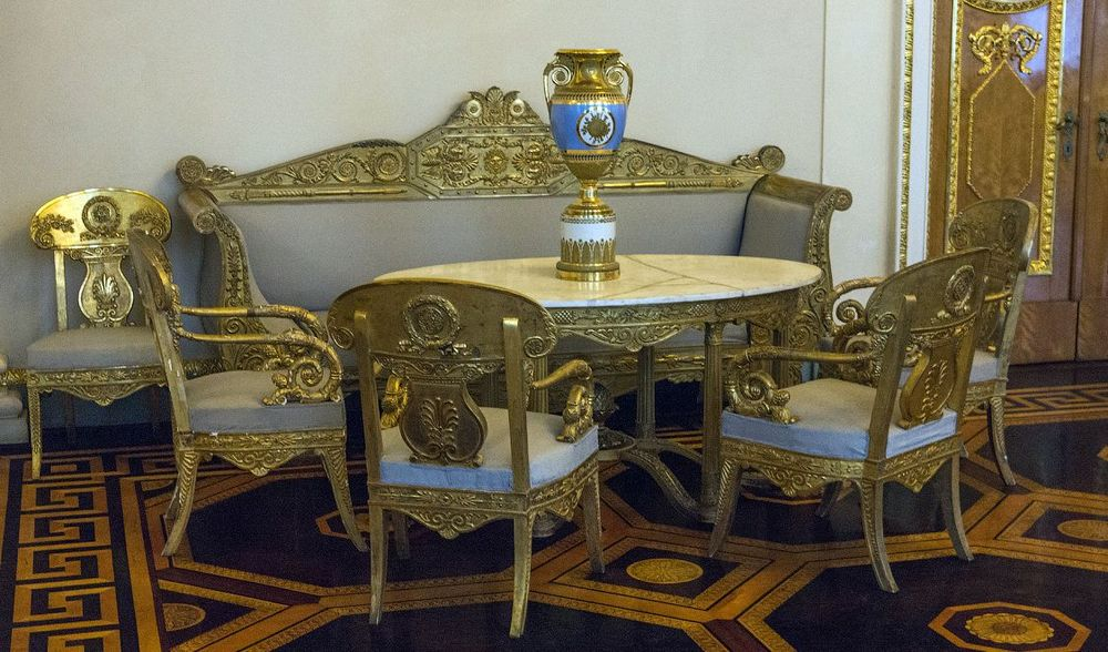 Изготовление криволинейных деталей стульев, кресел и диванов