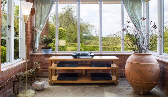 Мебель для дома – стеллажи